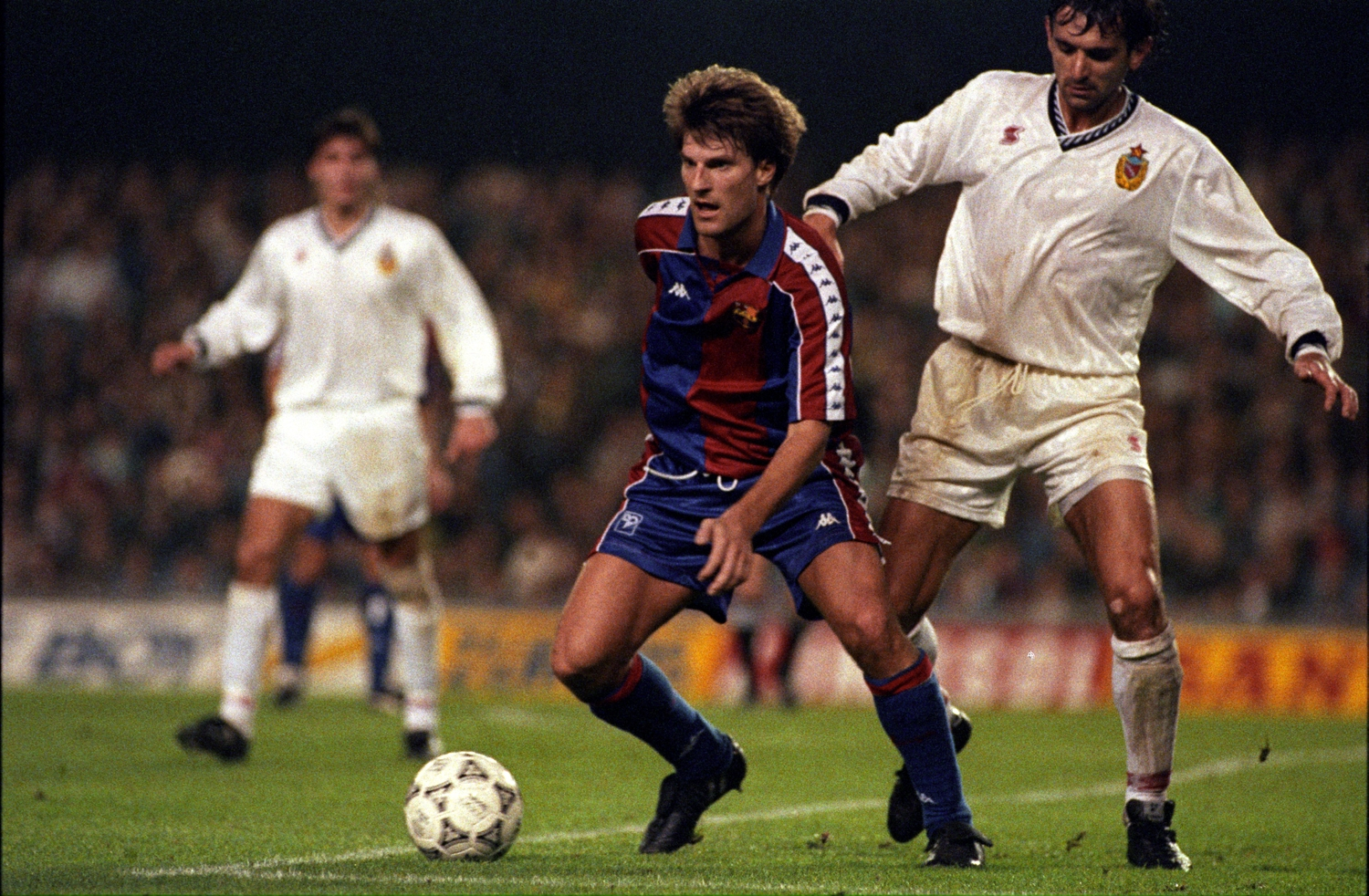 Laudrup The secrets behind coach Cruyff s success