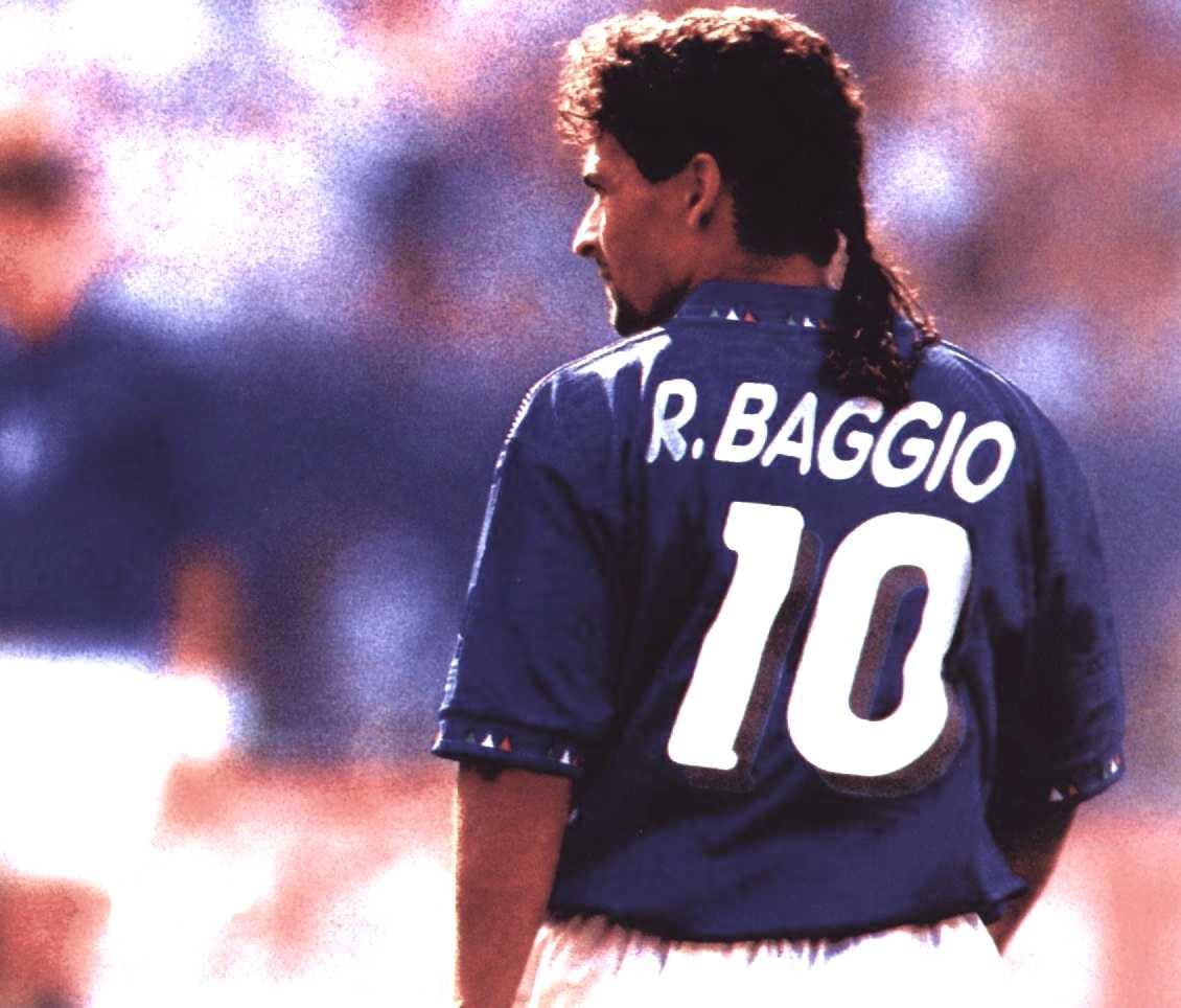 Image result for roberto baggio foto del codino